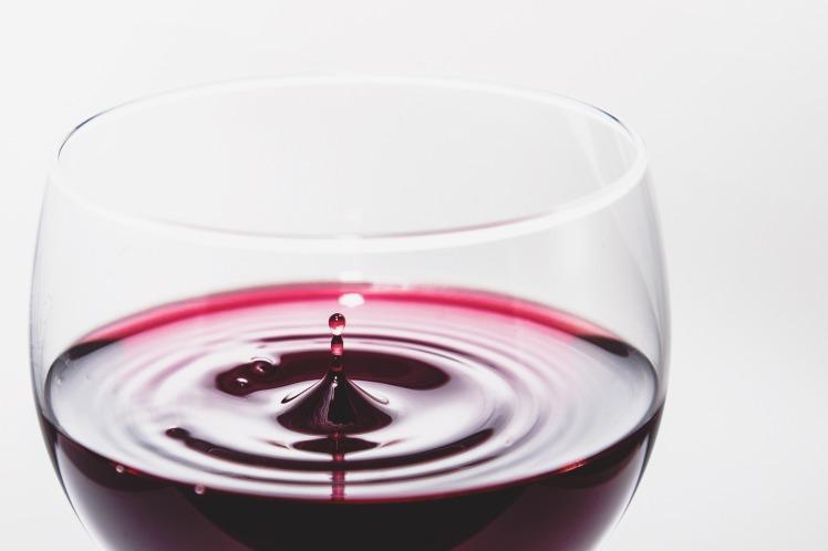 wine-933236_1920